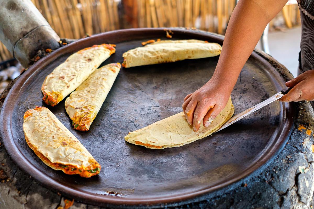 Cocinando las empanadas